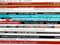 Εικόνα με επιστημονικά περιοδικά